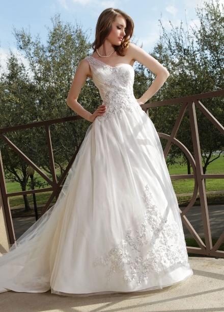 https://davincibridal.com/uploads/products/wedding_gown/50153AL.jpg