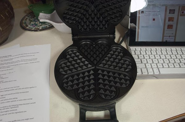 Heat up the waffle iron to medium heat.