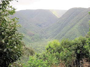 Photo: Looking into the Pulolu Valley on the northwest corner of the Big Island