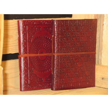 4.1 Leather Small - Mandala