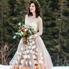 Wedding photographer Vlada Bushueva (vladabush). Photo of 23.01.2016