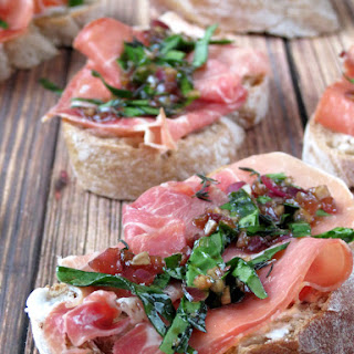 Prosciutto Crostini with Goat Cheese.