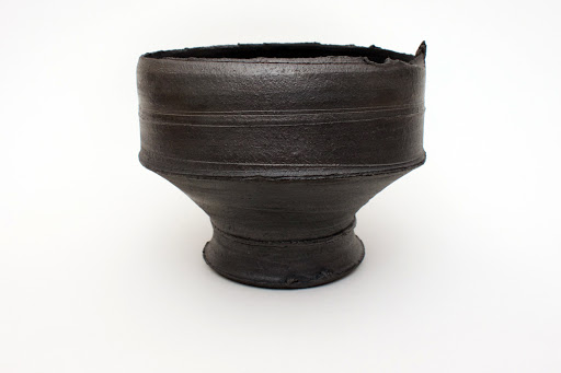 Dan Kelly Footed Bowl 03