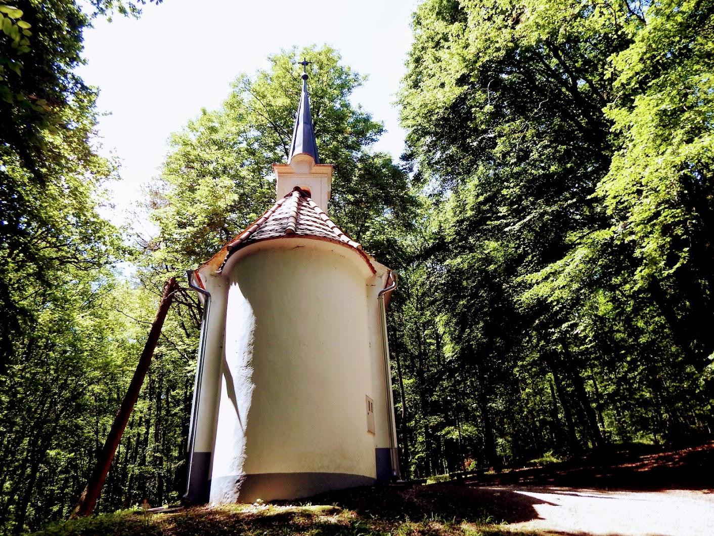 Strehovci (Őrszentvid) - kapela sv. Vida+izvir sv. Vida (Szent Vid-kápolna és Vid-kút)