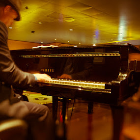 The Piano Man by Jeff Yarbrough - People Musicians & Entertainers ( yamaha, piano, player, jazz, oceanliner )