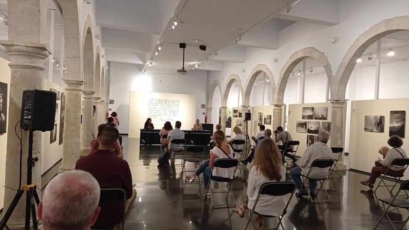 Inauguración de la exposición 'Manuel Falces. Alquimista de la memoria' en el CAF.