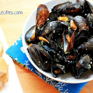Mussels in Garlic Butter.