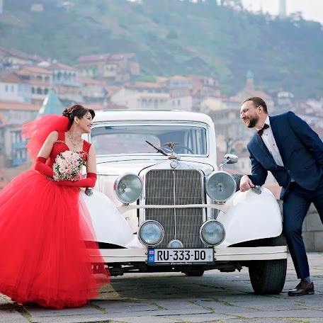 Wedding photographer Andrey Tatarashvili (LuckyAndria). Photo of 06.01.2018