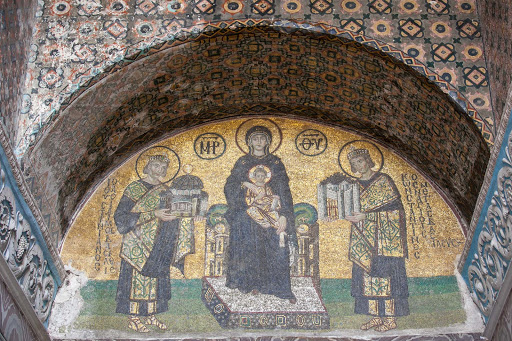 Virgin-&-Christ-child-at-Hagia-Sophia.jpg - The southwestern entrance mosaic at Hagia Sophia depicts the Virgin Mary holding the Christ child with emperor Justinian I at the left and emperor Constantin at the right.