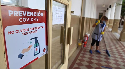 Almería, la segunda provincia con más aulas cerradas por covid de Andalucía