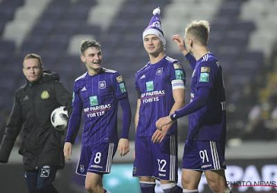 """Les Mauves réagissent au rachat du club: """"Le 5-0 à Bruges a été plus lourd que l'arrivée du nouveau président"""""""