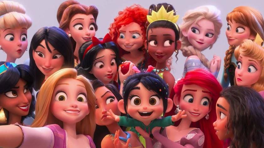 Las princesas Disney, en una imagen de la película Ralph Rompe Internet.
