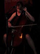 Photo: Cat Evans on da cello
