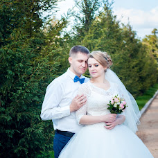 Wedding photographer Ekaterina Deputatova (katepetra). Photo of 25.07.2017
