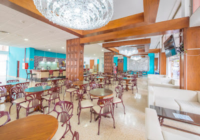 RESTORATION - Cafeteria