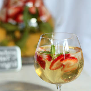 Strawberry Mint Springria.