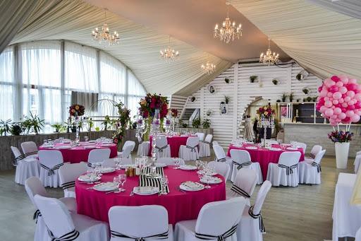 Ресторан «Причал» в ресторане Яхт-клуб «Адмирал» для свадьбы