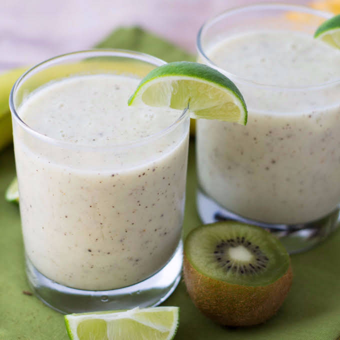 10 Best Banana Lime Smoothie Recipes