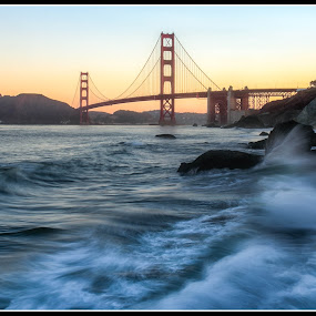 Golden Gate Bridge at Sunrise by Andrew Holland - Landscapes Waterscapes
