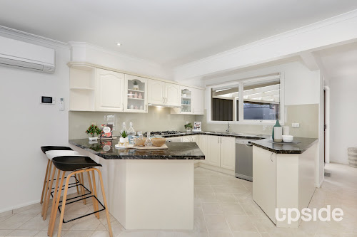 Photo of property at 35 Suemar Street, Mulgrave 3170