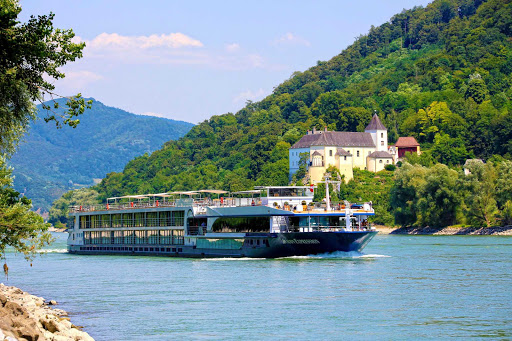 Avalon-Expression-Wachau - Avalon Expression cruises the Danube River through some of the most romantic towns and cities of Europe, such as Austria's Wachau river valley.