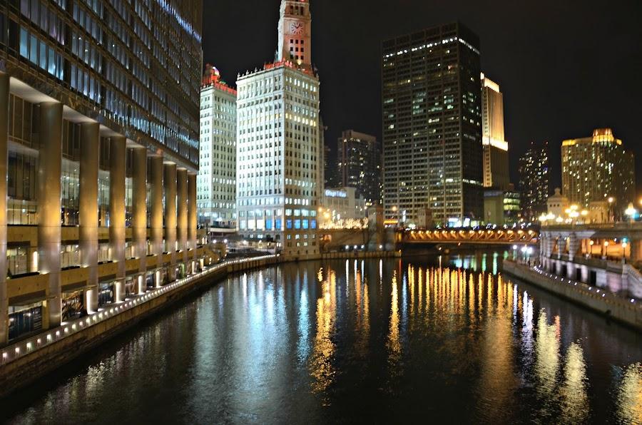 I love Chicago! by Patricia Zollmann-Kissinger - City,  Street & Park  Street Scenes ( night light, night, lights )