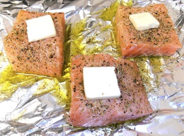 preheat oven to broil.  cut salmon into (4) 4 oz portions.  in...