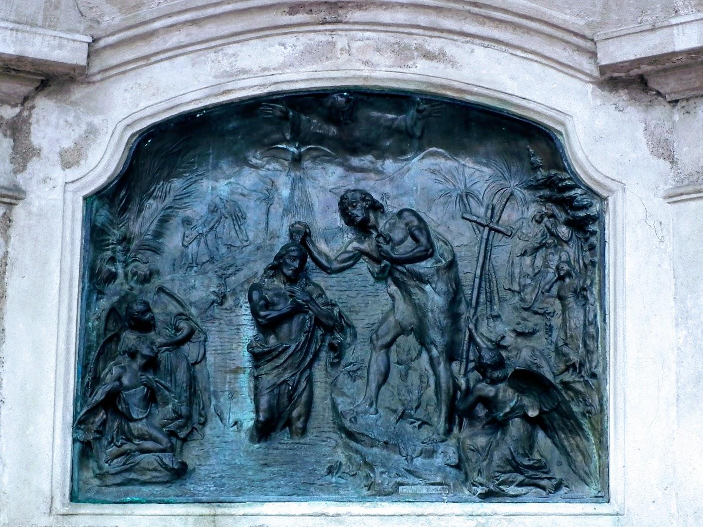 Pécs - Szentháromság-szobor a Széchenyi téren