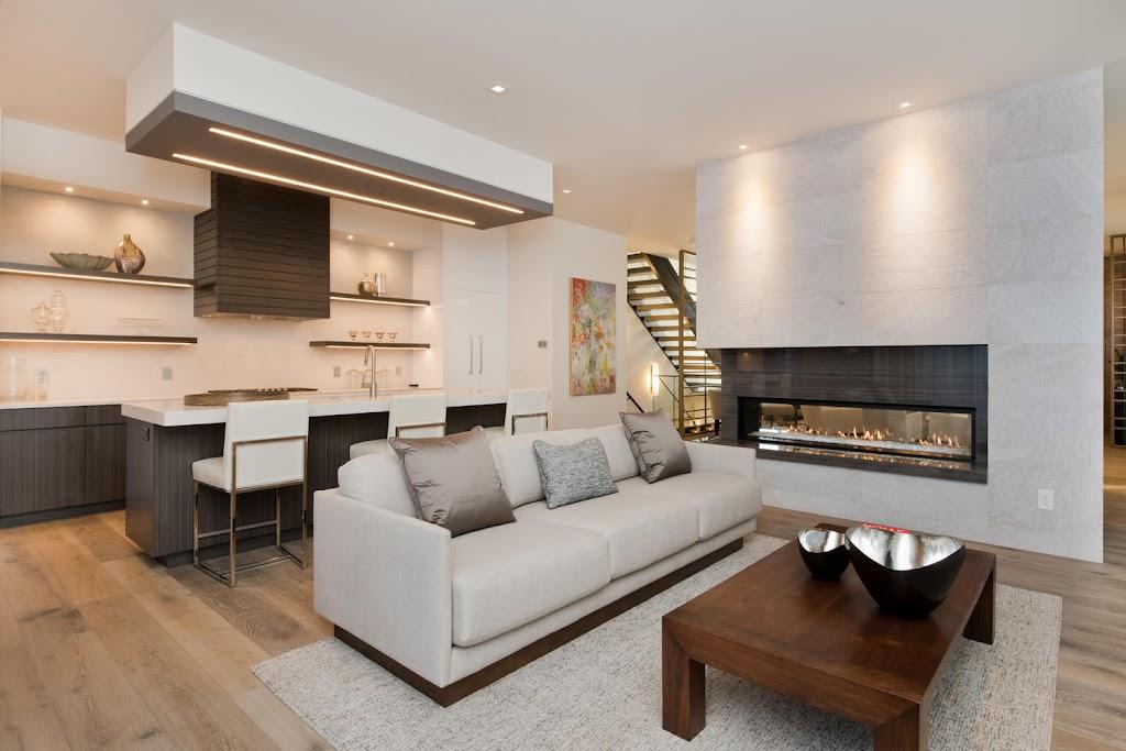 234 Monroe Living Room
