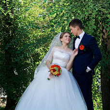 Wedding photographer Olesya Shapovalova (lesyashapovalova). Photo of 01.05.2016
