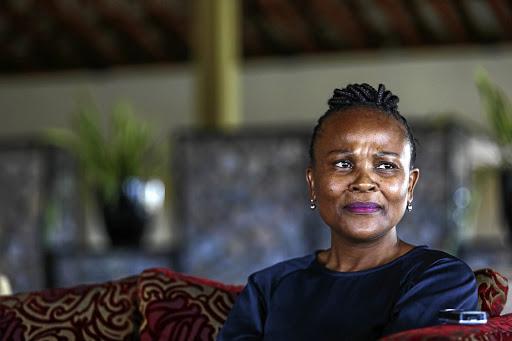 Valke bevestig kriminele ondersoek na die openbare beskermer Busisiwe Mkhwebane - SowetanLIVE Sunday World