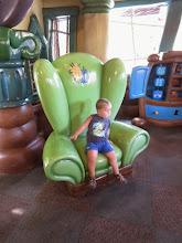 Photo: Disneyland - Goofy's house