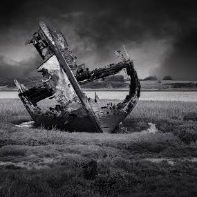 Fleetwood Wreck by James Johnstone - Black & White Landscapes ( fleetwood, wreck, black & white,  )