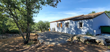 villa à Labeaume (07)