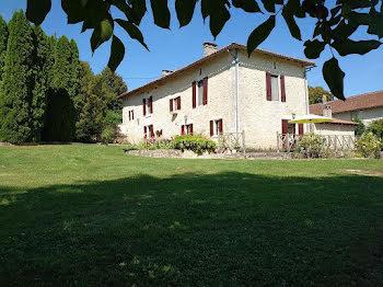 maison à La Tour-Blanche (24)