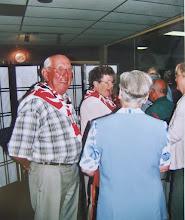 Photo: Hendrik Hoving, Jantje Vedder enz. Zij zaten in de V.C.J.C. reunie commissie 2004