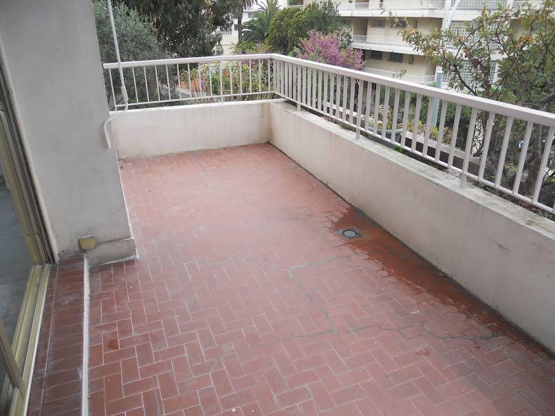 Location  appartement 2 pièces 49.25 m² à Nice (06000), 982 €