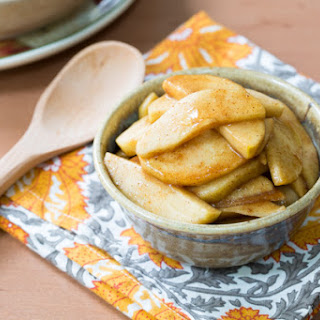 Slow Cooker Cinnamon Apples