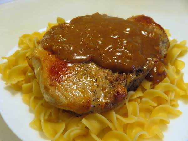 Thick Pork Chops With Gingersnap Gravy Recipe