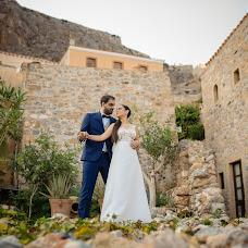 Wedding photographer Marios Kourouniotis (marioskourounio). Photo of 14.12.2018