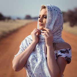 by IDG Photography - People Portraits of Women