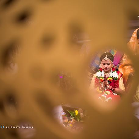 Wedding photographer Sarath Santhan (evokeframes). Photo of 05.12.2017