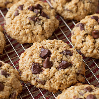 Flourless Oatmeal Chocolate Chip Cookies