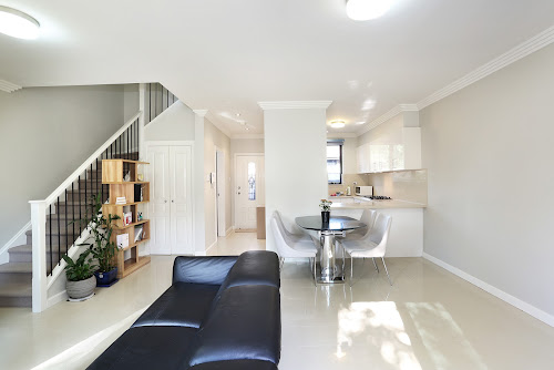 Photo of property at 3/17 Adah Street, Guildford 2161