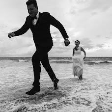Wedding photographer Tawut Pikampon (phuketcinema). Photo of 23.03.2018