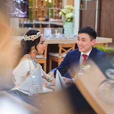 Wedding photographer Aslbek Tasbulatov (atb2011). Photo of 11.04.2016