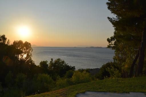 Corfu: Perama, Benitses sau Messongi / Moraitika?
