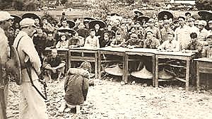 Những màn cực hình ghê rợn trong cải cách ruộng đất tại Trung Quốc