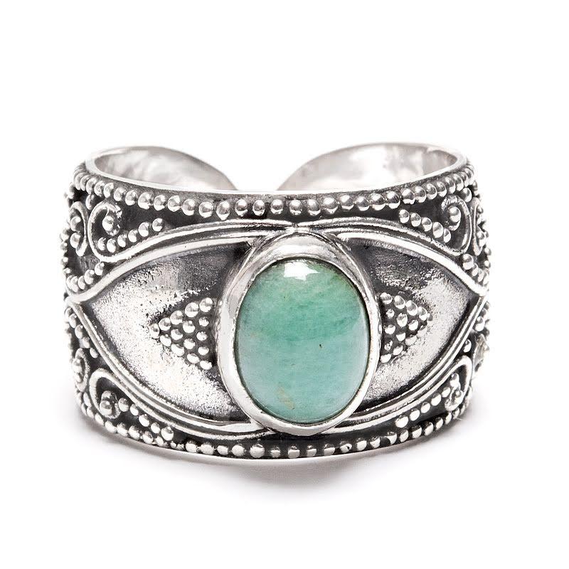 Smaragd, silverring med filgranband