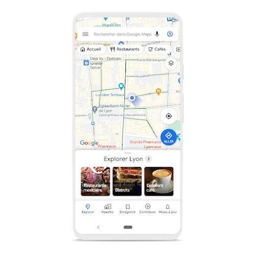 Téléphone sur lequel Maps est affiché